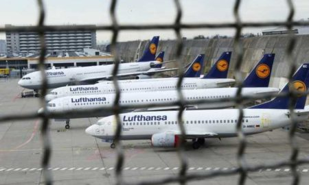 Planes stand on the tarmac during a pilots strike of German airline Lufthansa at Frankfurt airport, Germany, November 23, 2016. REUTERS/Ralph Orlowski/File Photo