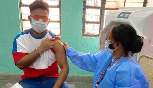Rishabh Pant Corona Vaccine