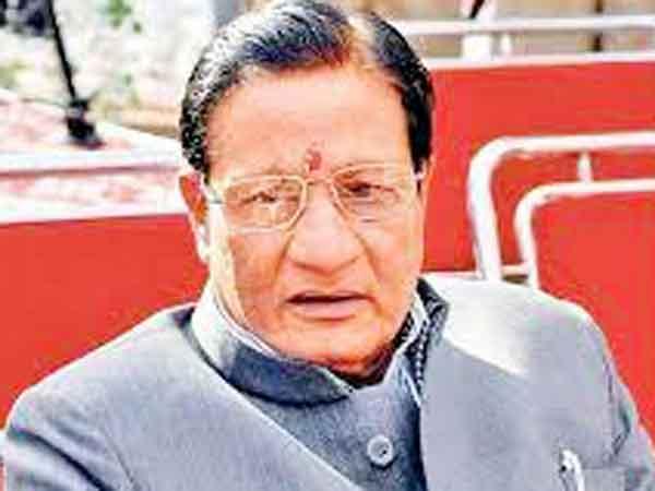 Minister Shanti Dhariwal