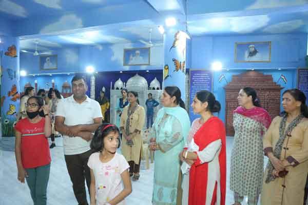 Shah Satnam Ji Girls School Sachkahoon
