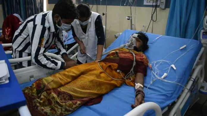 Workers' family got sick sachkahoon