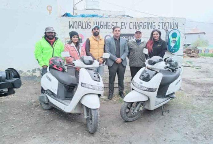 World's highest electric vehicle sachkahoon
